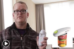 Automatische blikopener One Touch getest door Erwin