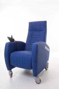 Comfortstoel met joystick op wielen Easy-Rider van Ineva Design