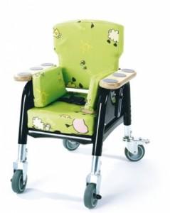 Kinderstoel Easy Seat van James Leckey groen