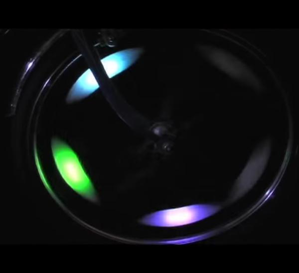 LED fietsverlichting SpokeLit van Nite Ize - Scouters
