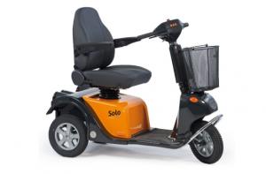 Optimaal rij- en zitcomfort op de Scootmobiel Revatak Solo TS120 met cruisecontrol