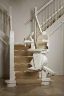 Traplift voor trap met bocht Freecurve Elegance Handicare